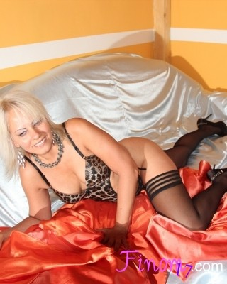 Mini Szofi - szextárskereső